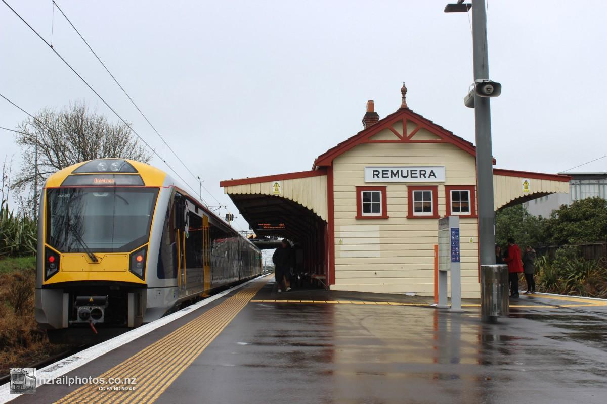 Remuera Station Open Day 25 September 2016. AM 593 stands under the restored building in a contrast between the old and new. The platforms and building were raised before the Rugby World Cup in 2011 - prior to that work, the station building was fenced off to the public. nzrailphotos.co.nz.