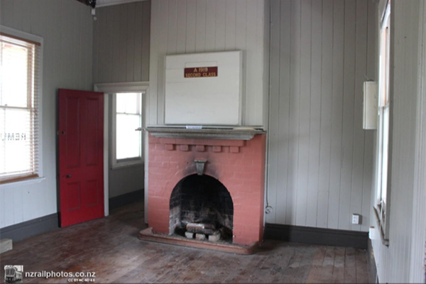Waiting Room with fireplace. Open Day 25 September 2016. NZ Rail https://nzrailphotos.co.nz.
